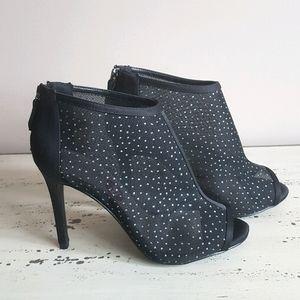 ❤Le Chateau❤ Gorgeous Booties